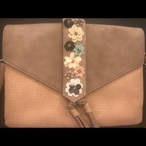 Stella and Dot Versatile Fleurette Crossbody Bag